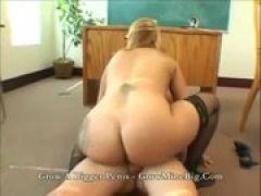 Sex mit der drallen Lehrerin